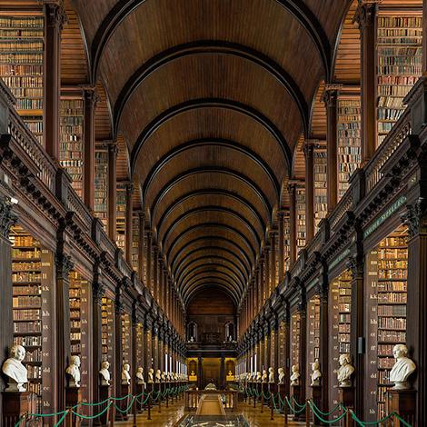 La visite virtuelle du jour : 10 bibliothèques à l'architecture spectaculaire